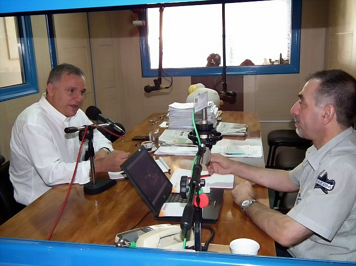 blaxogianis radio stagon 1_DCE