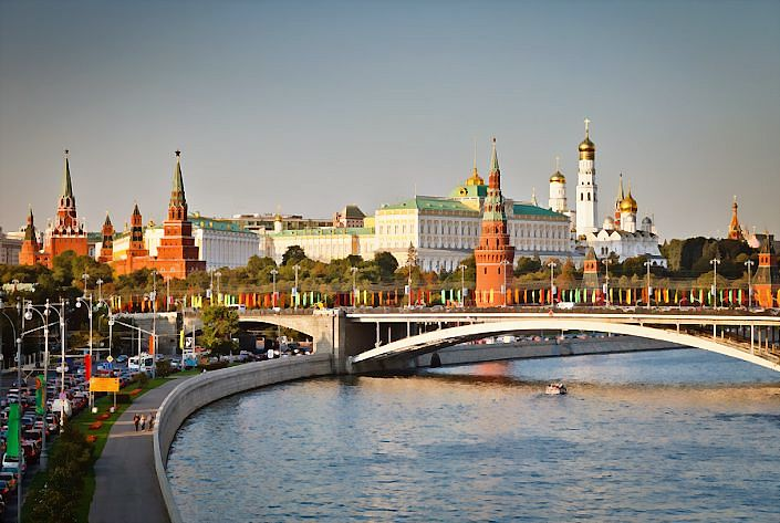 moscow-kremlin_DCE