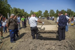 Second National Grave Digging Competition