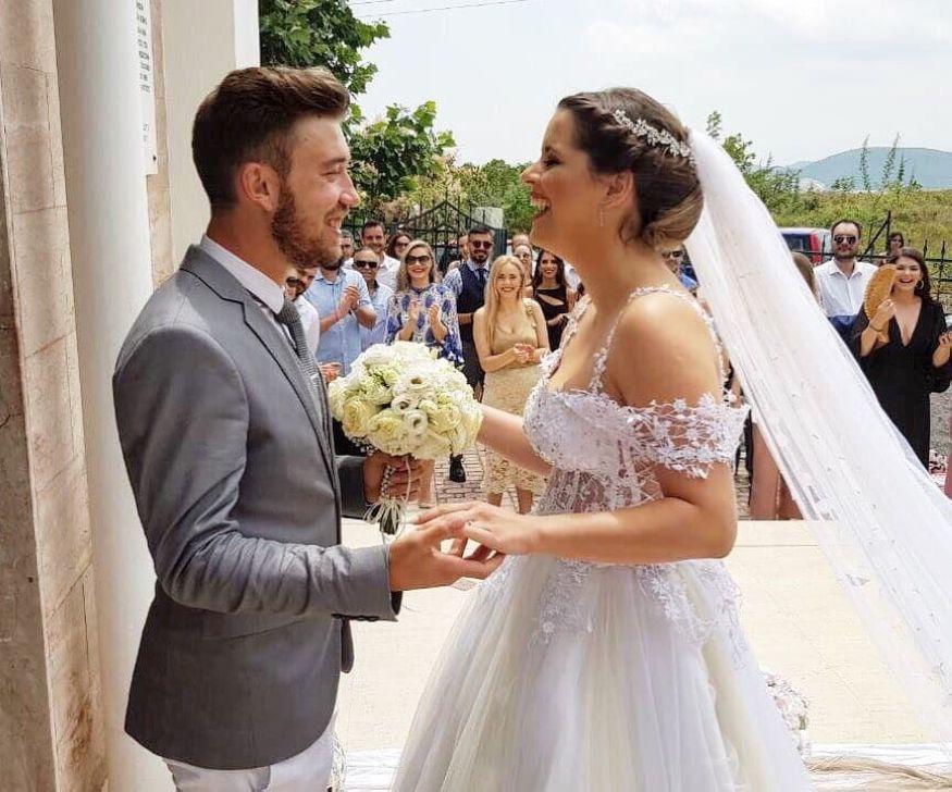 Γάμος επιπέδου… Super League για την Καλαμπακιώτισσα Κατερίνα Τζιώρα και τον ποδοσφαιριστή Σάββα Σιατραβάνη  !