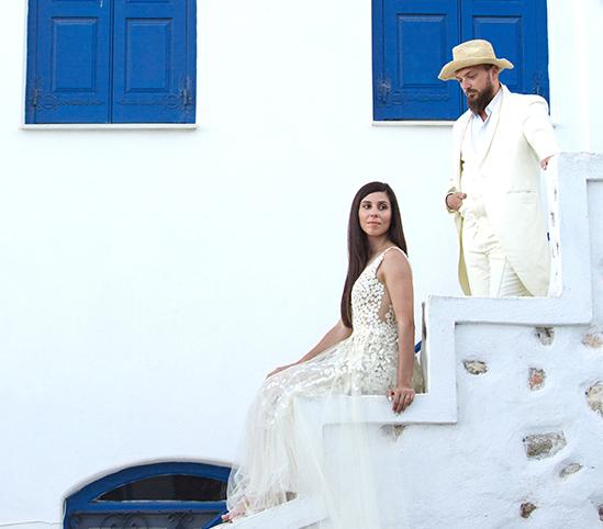 Ο όμορφος γάμος Καλαμπακιώτισσας στην Πάρο !