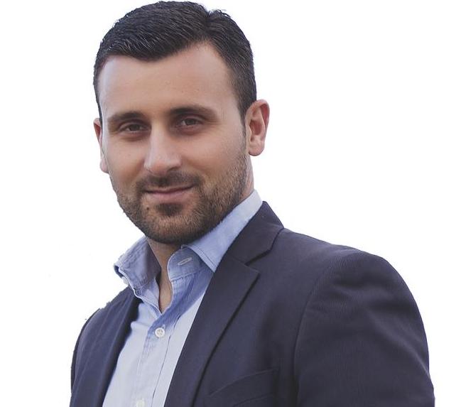 Άφησε εποχή το προεκλογικό σποτ του Υποψήφιου Δημοτικού Συμβούλου κ. Λευτέρη Αβραμόπουλου